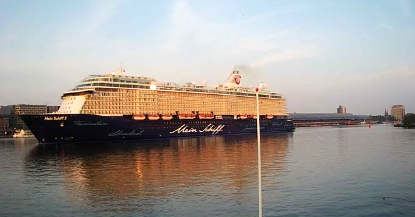 Cruise ship Mein Schiff 5 - TUI Cruises