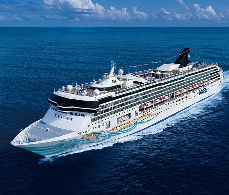 Cruise ship Crystal Endeavor - Crystal Cruises