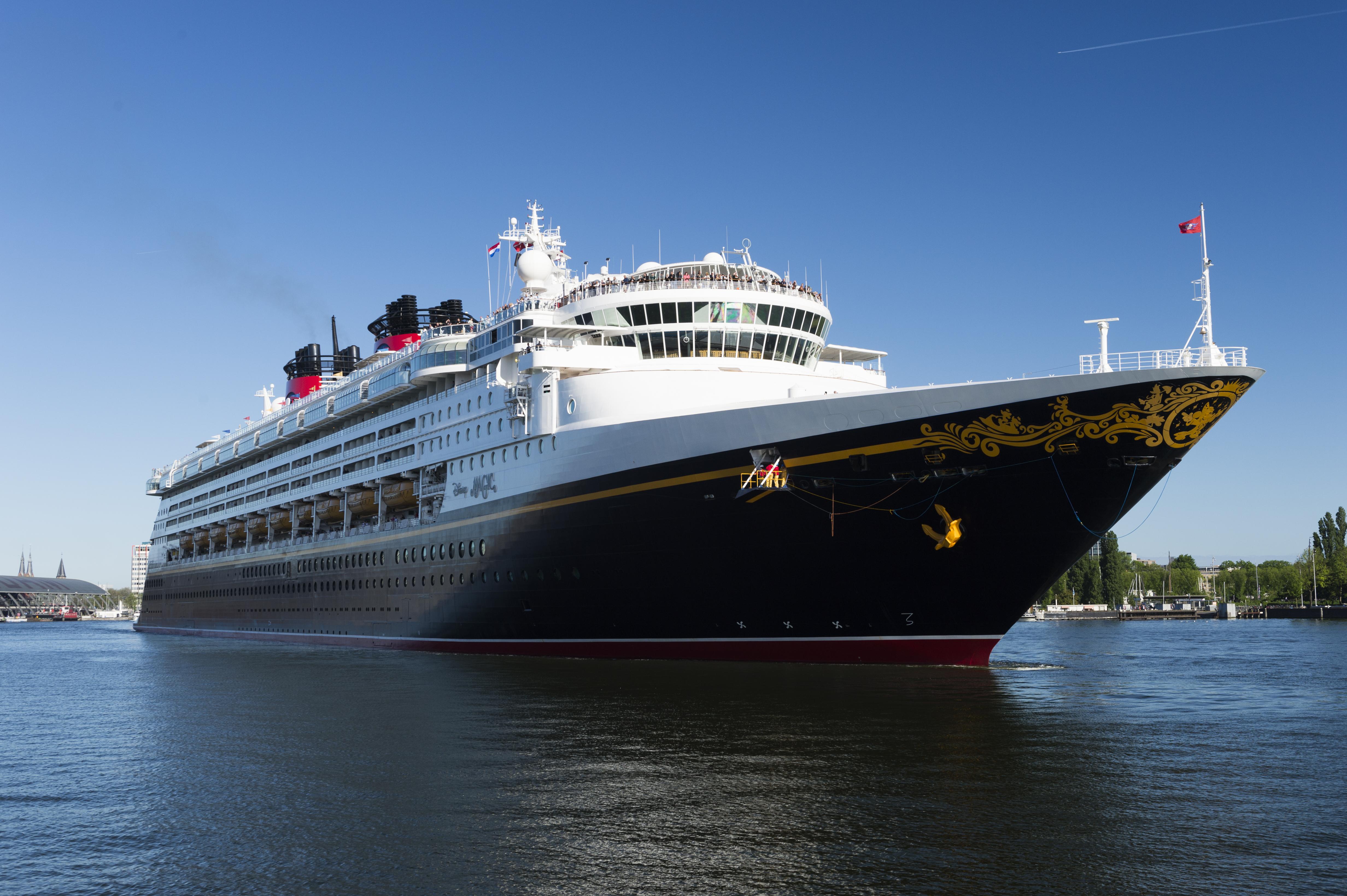 Cruise ship Disney Magic - Disney Cruiselines