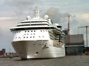 Cruise ship Jewel of the Seas - Royal Caribbean International